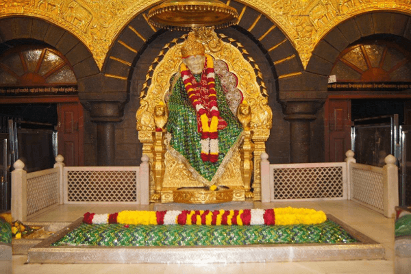 Taxi from Mumbai to Shirdi